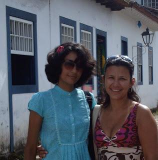 Eu e a Dani no Centro Histórico de Paraty