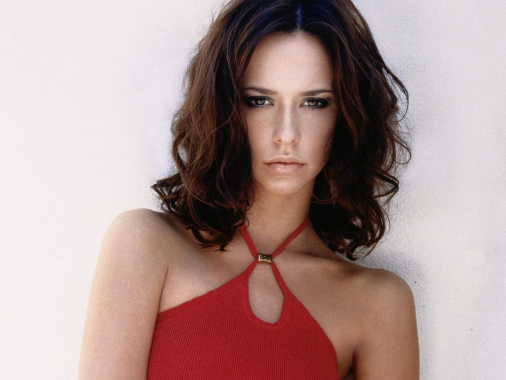 Jennifer Love Hewitt |...