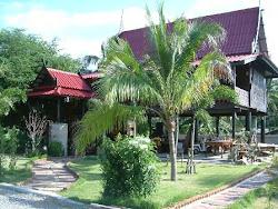 บ้านเรือนไทย Thai houses