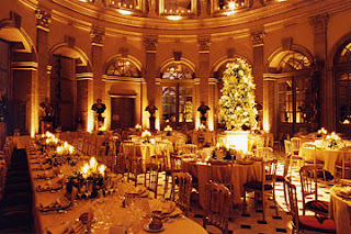 Candle light dinner at http://www.vaux-le-vicomte.com