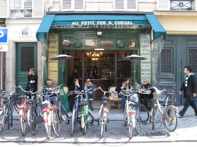 images of paris cafes