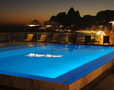 Amazing information board best hotel pools in the world for Best hotel pools