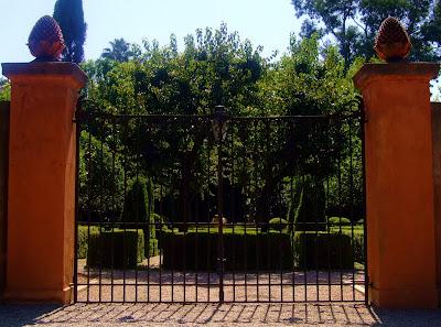 garden+gate Italian Beauty  photo