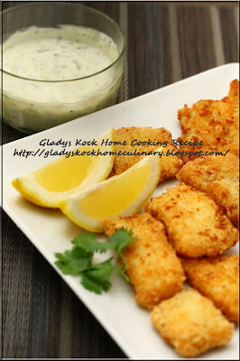 Deep-fried Fish Fillets in Breadcrumbs with Basil and Lemon Mayonnaise