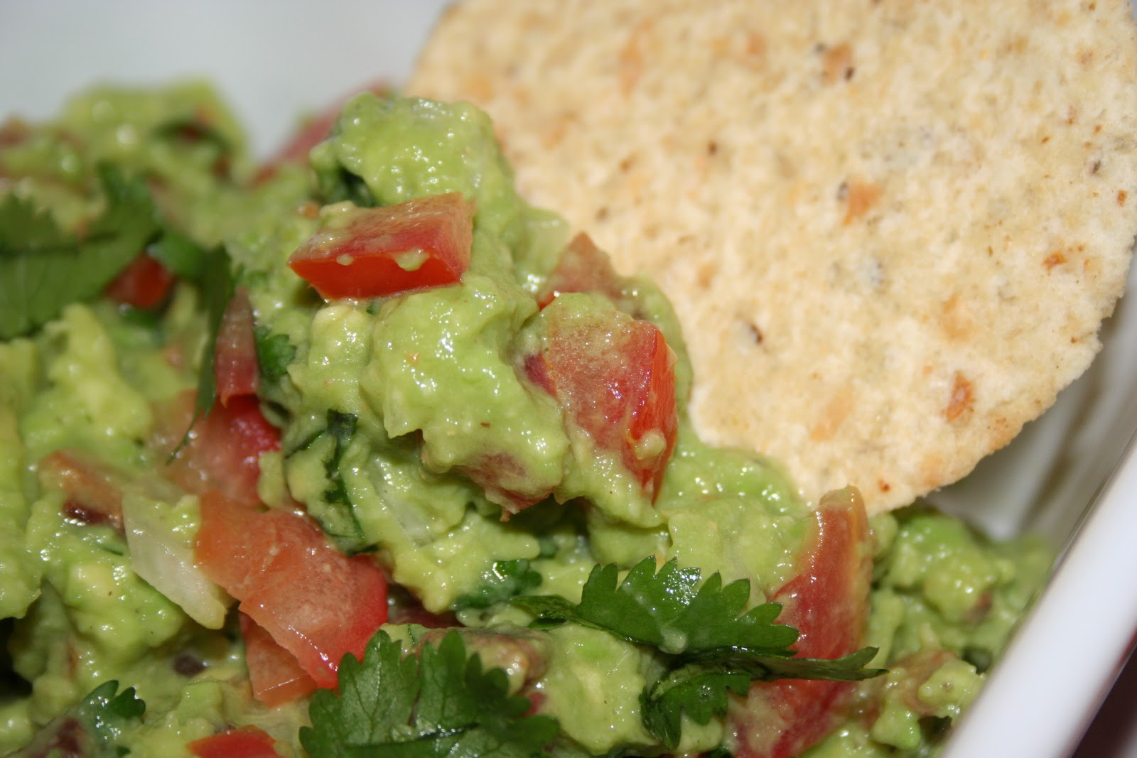 Cheers to Happy: Bacon and Tomato Guacamole.....