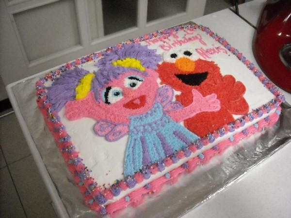 Elmo And Abby Cake Decoration : Cakes in Okinawa: This new year has already been filled ...