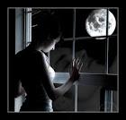 صديقة القمر