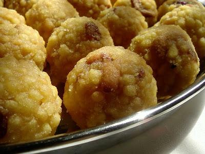 boondi laddu, how to make boondi laddu, boondi laddu recipe, laddu recipe for deepavali