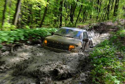 2010+Ford+F+150+SVT+Raptor+%285%29 2010 Ford F 150 SVT Raptor 6.2 First Mud Bath photos