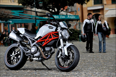 ducati monster 796large003 Mercedes to partner with Ducati on new motorbike   rumor