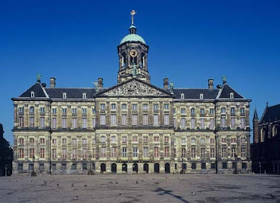 The royals the people and their role in a modern world the pictures royal palace amsterdam noordeinde palace the dutch royal crown queen beatrix and the queen with crown prince willem alexander and princess publicscrutiny Choice Image