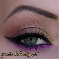 purple eyeshadow