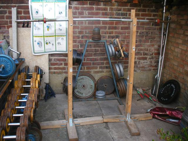 Weight stand diy gym pinterest for Diy squat stands