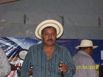 """ANTONIO """"TOÑITO"""" VASQUEZ"""