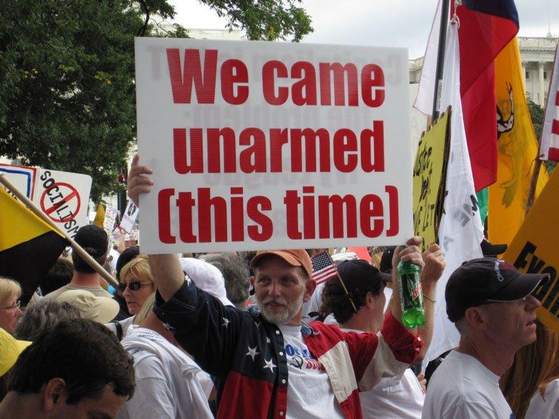 http://1.bp.blogspot.com/_HyyDHyAwI6k/S7wSHEj69MI/AAAAAAAAIw8/IG-tocEoNkE/s1600/we+came+unarmed.jpg