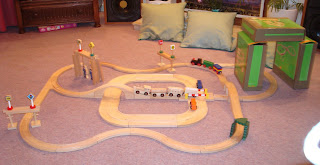 A wooden trainset with a high excitement density coefficient