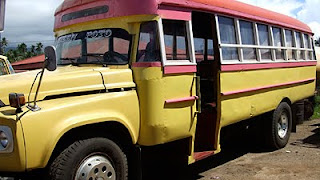 Sky News - picture of left handed Samoan bus