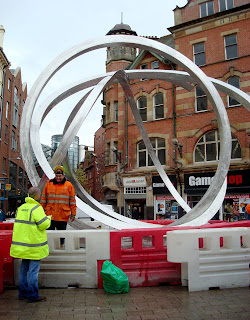 Spirit of Belfast - the Steel Squiggle - half built