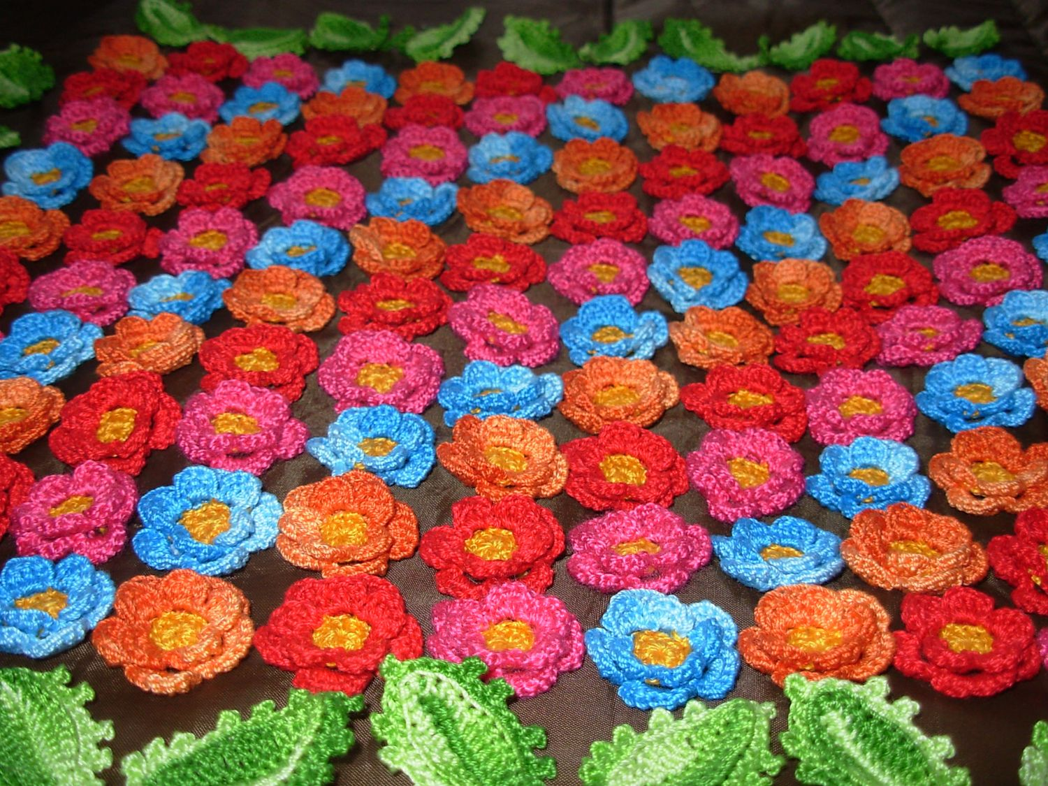 Crocheting Projects : Crochet Flowers: Ideas for using crochet flowers in projects