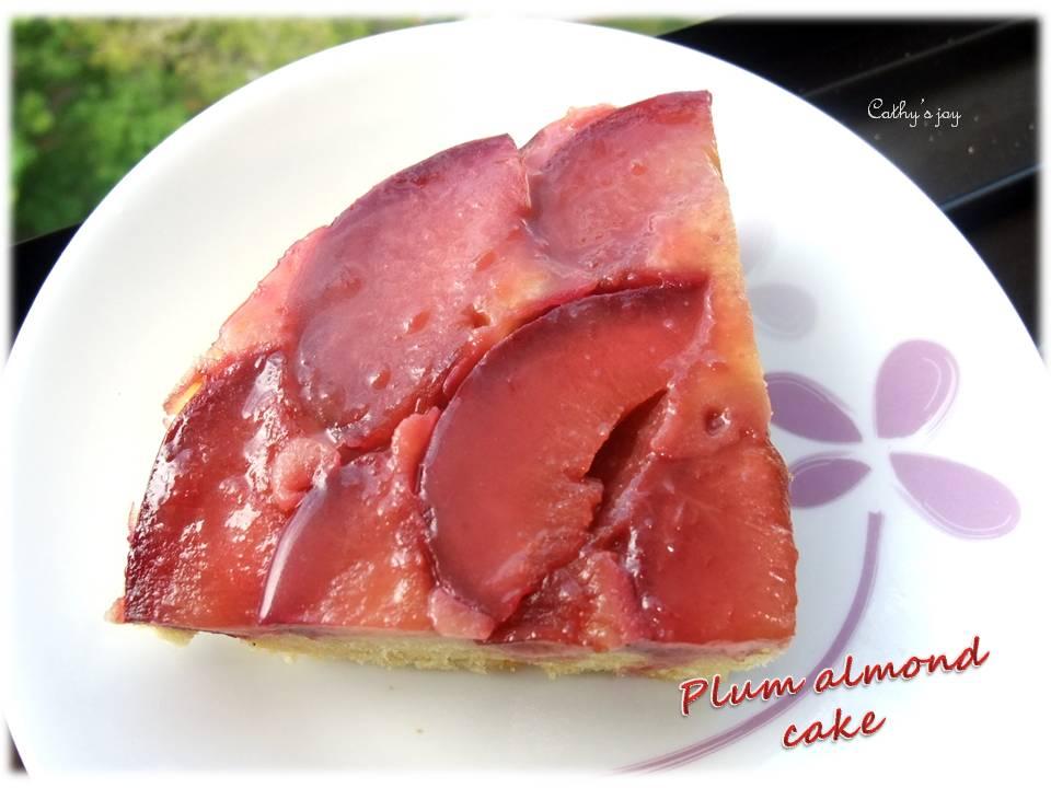 cathy's joy: Plum almond cake