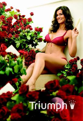 http://1.bp.blogspot.com/_I22JysD8nxM/SSLwtNkMQ9I/AAAAAAAAAy0/hPu9qJcftJY/s400/Rainha+santa_+(2).JPG