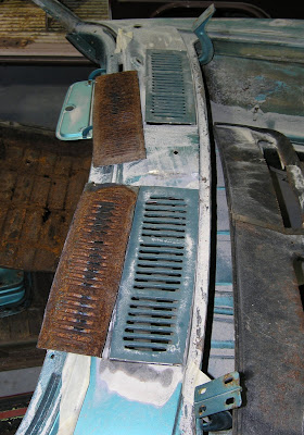 Filled vents (to left) were cut-out & replaced with original vents from Larry Edson