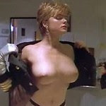 pretty actress Erika Eleniak shows her naked body