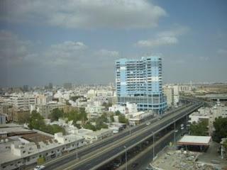 Kota Jeddah Siang Hari