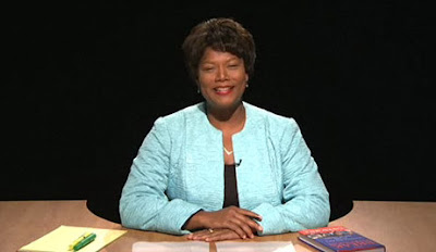 Queen Latifah as Gwen Ifill on SNL.