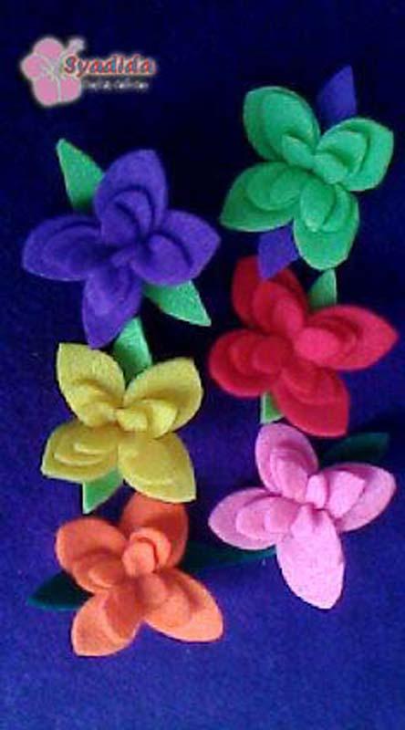 Bros kupu kupu dan bros bunga harga Rp. 2000 per pcs