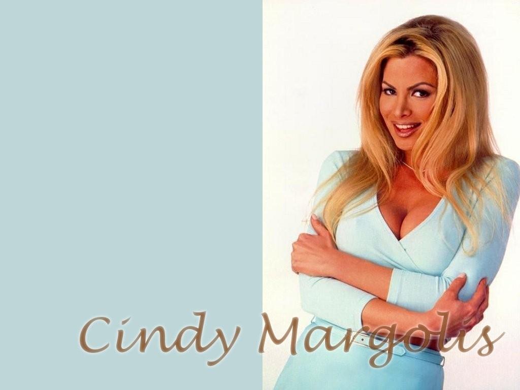 Le fils de Cindy Crawford, Presley Gerber, dfile aux