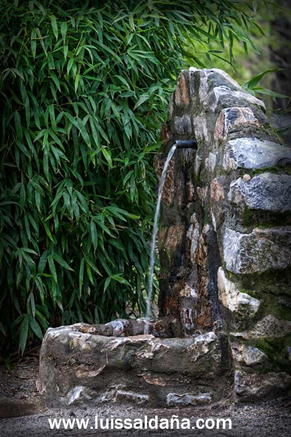 Luis salda a fuente rustica de piedra - Fuentes de piedra rusticas ...