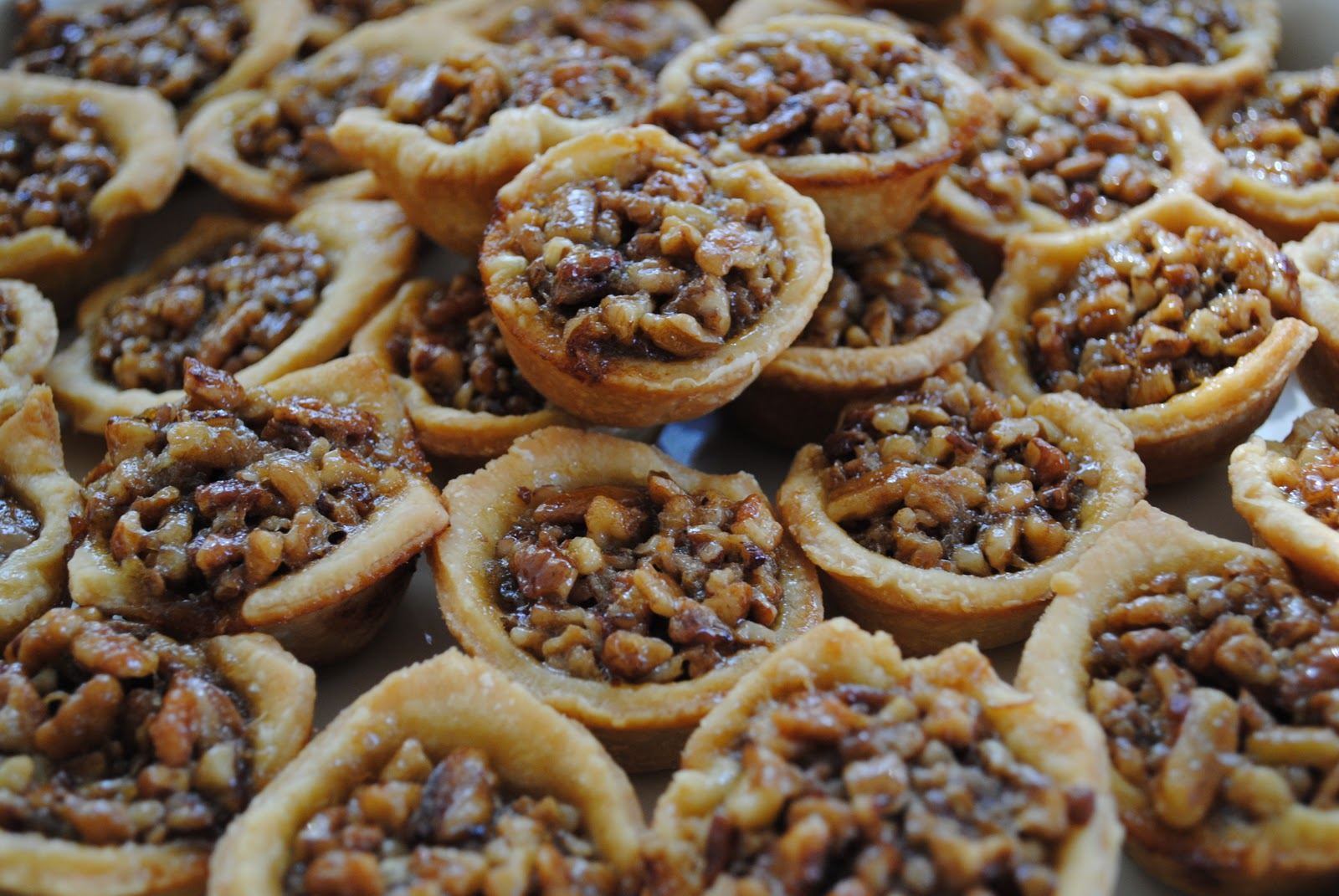 Forever The Hostess: Mini Southern Pecan Pies