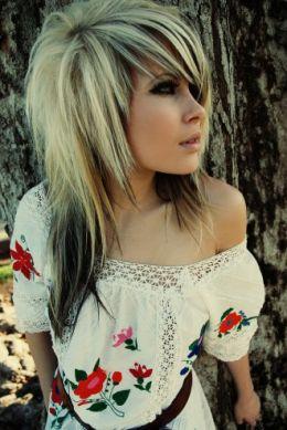 http://1.bp.blogspot.com/_IET6jHenMF4/TSpJdNCsAkI/AAAAAAAAAQo/Ffw_UQoewWY/s1600/blonde%2Bemo%2Bgirl%2Bhaircuts.jpg