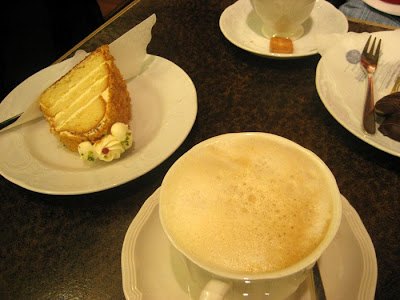 Sarah cooks germany 2008 kaffee und kuchen for Kuchen heidelberg