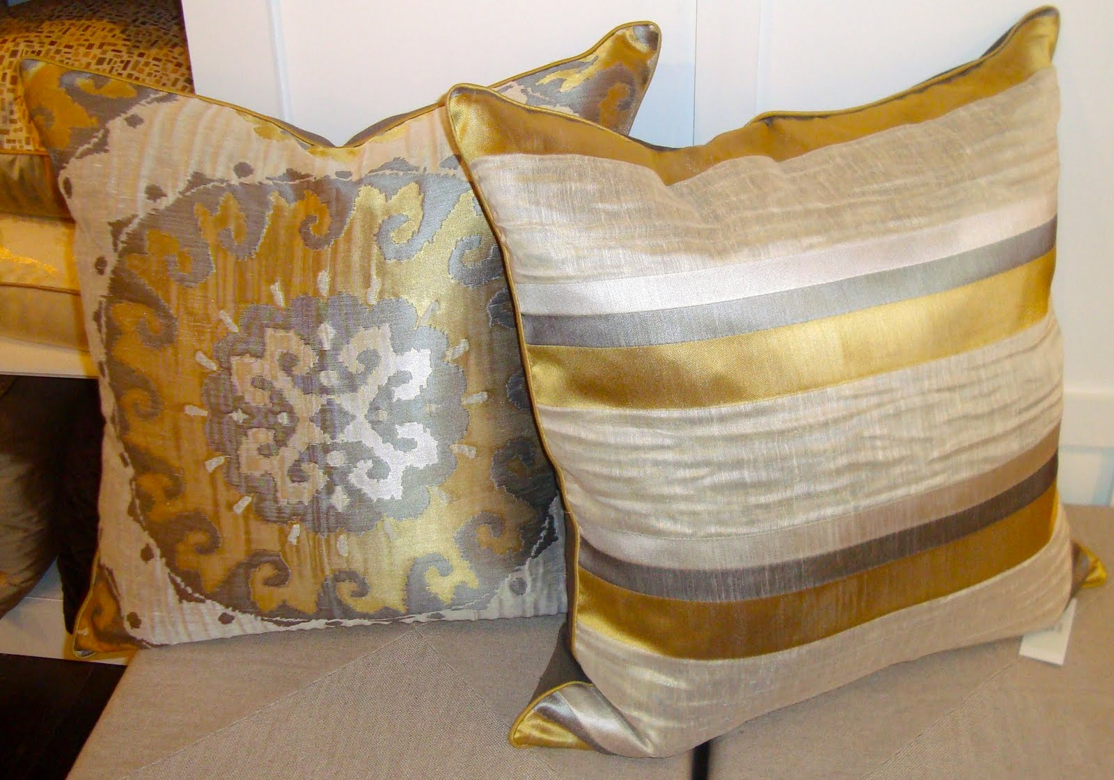 Decorative Pillows And Throws : Tonic Home: October 2010