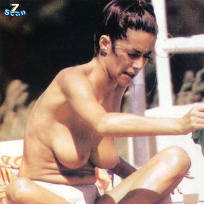 emanuela folliero nuda 26 emanuela folliero nuda 27 emanuela folliero