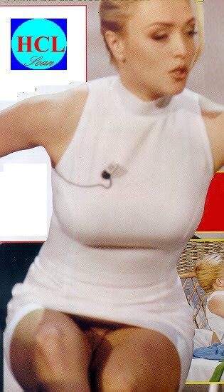 Paola Barale Look Shock Nei Panni Di Una Prostituta