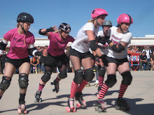 roller girls at the smoke out west10
