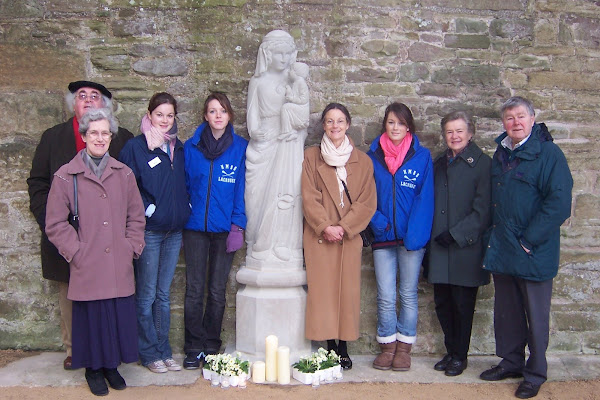 Friends of Our Lady of Tintern with New Statue