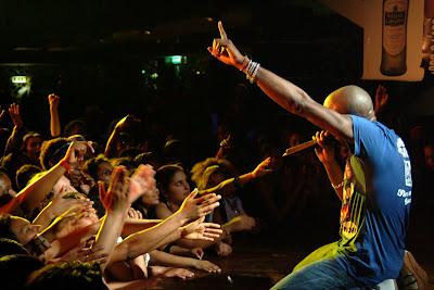 Kaysha no Club Luanda