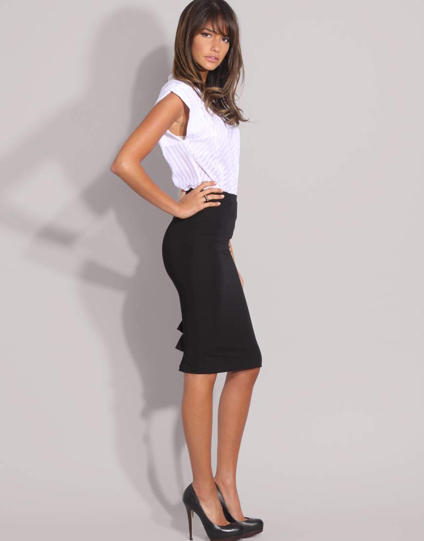 gallery pictures of models wearing pencil skirts