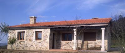 este es un ejemplo de una sencilla casa rstica en planta baja con un porche en esquina siempre quedan bien siempre son un acierto sobre todo en casas