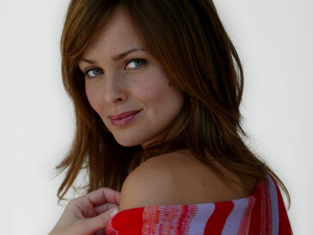 http://1.bp.blogspot.com/_IOG06y2cq4o/TLmfCpZTOVI/AAAAAAAAOe4/qSDck76wEp4/s1600/Izabella+Scorupco+109.JPG