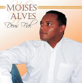 Moisés Alves