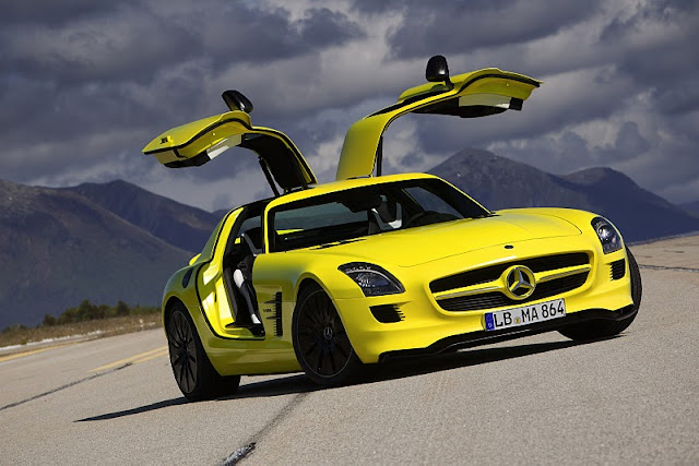 2011 mercedes benz sls amg e cell concept front side view 2011 Mercedes Benz SLS AMG E Cell