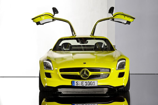 2011 mercedes benz sls amg e cell concept front view 2011 Mercedes Benz SLS AMG E Cell
