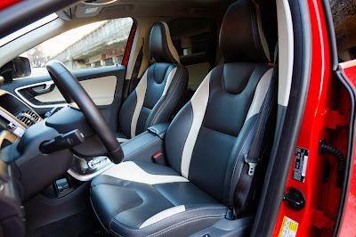 2011 volvo xc60 r interior view 2011 Volvo XC60 R Design