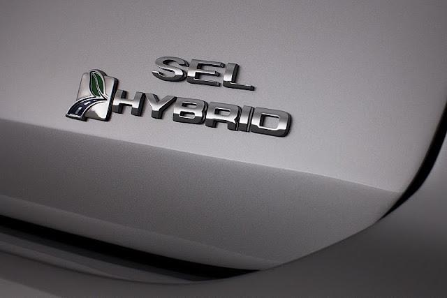 2013 ford c max hybrid logo view 2013 Ford C MAX Hybrid