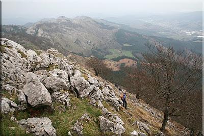 Montes de Aramotz desde la cresta oeste de Mugarra